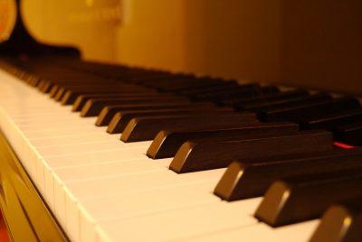 Klaviertasten - Verein Musikfrende Kiel Webseite
