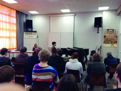 Kit in School 1 - Verein Musikfrende Kiel Webseite